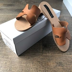 Steve Madden Cognac Sandals made in Italy size 9